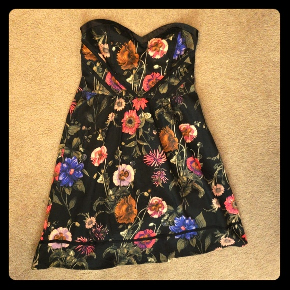 Romy Dresses & Skirts - Floral dress